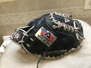"Akadema USA141 Patriot Series 33""  Baseball Softball Catchers Mitt Right Throw"