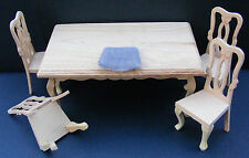 Tische für alle Zimmer