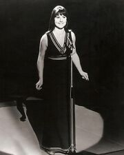 """Judith Durham The Seekers 10"""" x 8"""" Photograph no 9"""