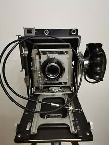 Graflex Crown Graphic 4X5 Camera + Handgrip + 7 Filmholders & Kodak TMAX100 Film