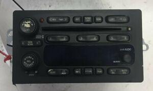 05 2005 GMC Savana AM FM 6 Disc CD Player Radio Receiver OEM LKQ