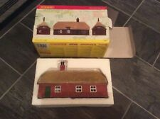 Hornby SKALEDALE - R9675 - HONEYSUCKLE COTTAGE Boxed