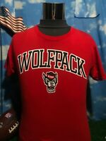 NC state North Carolina State Wolfpack adult small red T-shirt Shirt c13