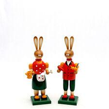 Conejo de Pascua Par JARDINERO 28cm decoración madera COLORES 25142