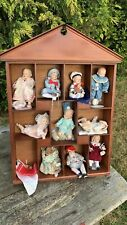 A Fantastic Vintage Collection If Ashton Drake Porcelain Dolls & Display Unit *