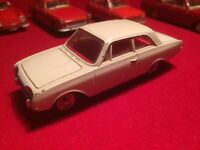 Dinky Toys Ford Taunus