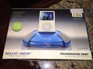 Soundmaster Blue Orbit with docking port for iPod (HN)