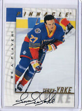 1998 PINNACLE BE A PLAYER TERRY YAKE AUTOGRAPH HOCKEY CARD