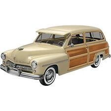 Revell Monogram 1:25 - 1949 Mercury Wagon - 125 Rvm4996 Scale Plastic Model Kit
