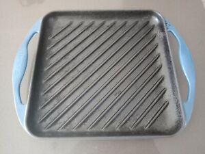Le Creuset cast iron 24cm square griddle skillet France RRP $239 - French Blue