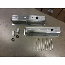 Vintage Center Bolt Tall Finned Valve Covers w/ Breather HolesSmall Block Chevy