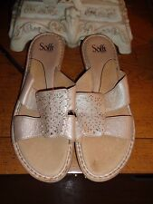 SOFTT 10W GOLD LEATHER SLIDE SANDALS EXCELLENT CONDITION