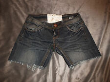 Dollhouse  Distressed Dark Wash Low Rise Denim Cut-offs Shorts  Sz. 0 Juniors