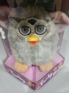 1998 tiger electronics Grey Hair Furby model 70-800 Grey Eyes Non-Working
