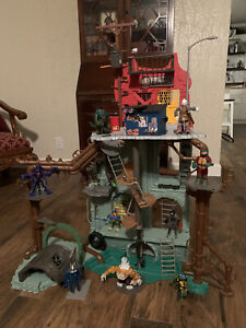 "TMNT Ninja Turtles Secret Sewer Lair Playset 40"" 2012 + 8 Action Figures."