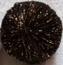 4 X 50g bolas de hilo de la luz del sol negro con brillo de oro.