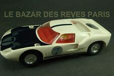 SCALEXTRIC. HONG KONG.  FORD GT 40. C 77.   slot car  ancien vintage