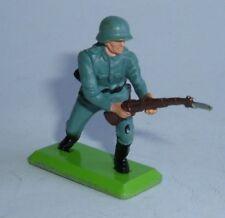 Britains Deetail WW2 Soldier - German Rifleman Charging, - Superb Near Mint.