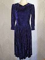 Vintage Lanz Originals Women's Purple Velvet Prom Dress Size 8 Button Bow Zip-Up