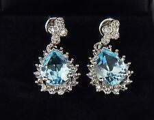 Bonito 14K 3.54 Quilate Topacio Azul y Diamante Pendientes Largos