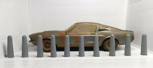 X5 - 1:18 Scale - Concrete Bollards - Resin - Diecast - Diorama - Rust N Dust