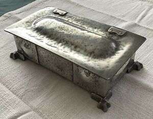 Arts and Crafts high quality pewter box with copper rivets