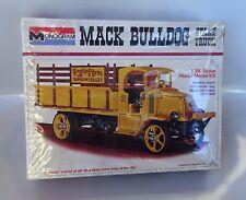 Monogram MACK BULLDOG STAKE TRUCK 1973 KIT NEW Sealed 7537 RINGLING BROS CIRCUS