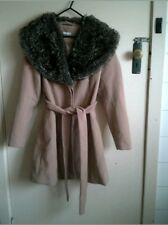 CAMEL COLOURED WOMENS COAT WITH EXTRA LARGE FUR COLLAR SIZE 10 PRE-LOVED