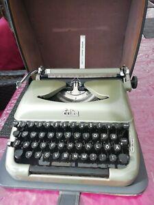 mechanische Schreibmaschine (50-60er Jahre), Erika Reiseschreibmaschine