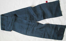 -Superbe Foulard   Echarpe  HUGO  BOSS  100% soie  TBEG  vintage scarf