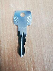 Genuine THULE N225 Replacement Key