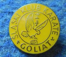 GOLIAT KATOWICE POLAND KARATE KYOKUSHIN KYOKUSHINKAI CLUB YELLOW VERS. PIN BADGE