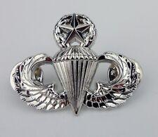 US ARMY JUMP WINGS PIN / U.S. AIR FORCE MASTER PARACHUTIST BADGE PIN
