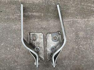 Pair of Front Hood Hinges OEM VW MK3 1994-99.5 Golf,GTI,Jetta / Cabrio 1995-02