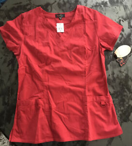 PEACHES Scrub Top V-Neck RED1 N4440 With 2 Pockets Color: Red Size: Medium