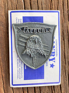 Colombian Urban Counter- Terrorism Special Forces Group Metal Berret Badge