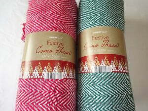 100% Cotton Christmas Colours Throws Red or Green
