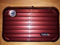 Rimowa First Class Amenity Kit Lufthansa, Bodeaux Rot Selten! Versiegelt!