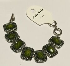 Silver colored filigree Squares w/ rich Green stones Toggle Clasp Bracelet 9""