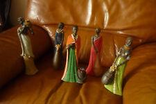 lot de 5 statuettes africaines en résine superbes