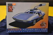 AMT 916/12 Piranha Super Spy Car Model Car - NEW