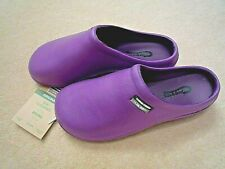 NEW Town & Country purple garden CLOGS -Size 8 UK