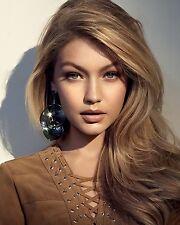 Gigi Hadid 8x10 Beautiful Photo #1
