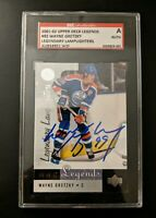 2001-02 Upper Deck Legends Wayne Gretzky #92 Lamplighters TTM Autograph SGC