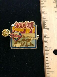 """Philadelphia Phillies / Wiley Coyote Collectable Lapel Pin - """"Stealin' Home"""""""