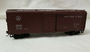 ROUNDHOUSE HO 40' PS1 BOXCAR BALTIMORE & OHIO B&O 382000- RTR w/KD's