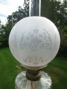 SUPERB 1900'S VICTORIAN ANTIQUE CRYSTAL  ETCHED DUPLEX OIL LAMP SHADE
