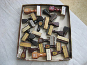 17 vintage RUBBER POSTAGE STAMPS w/ WOODEN HANDLES Towns in Minnesota, Minn.