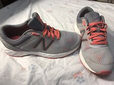 WOMANS NEW BALANCE 520v3 Running Shoes Size 7.5 Nice Shoes For The Price