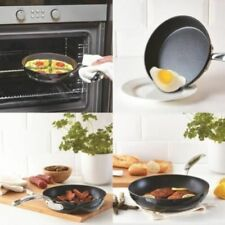 Menaje de cocina color principal negro 16-20cm